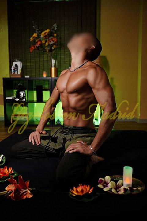 Rafael es un masajista profesional para mujeres