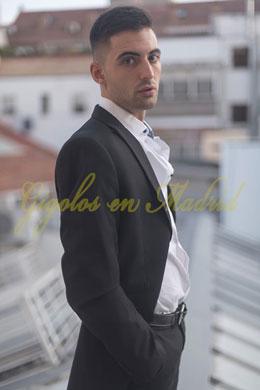 Gigoló joven y guapo | Rubén